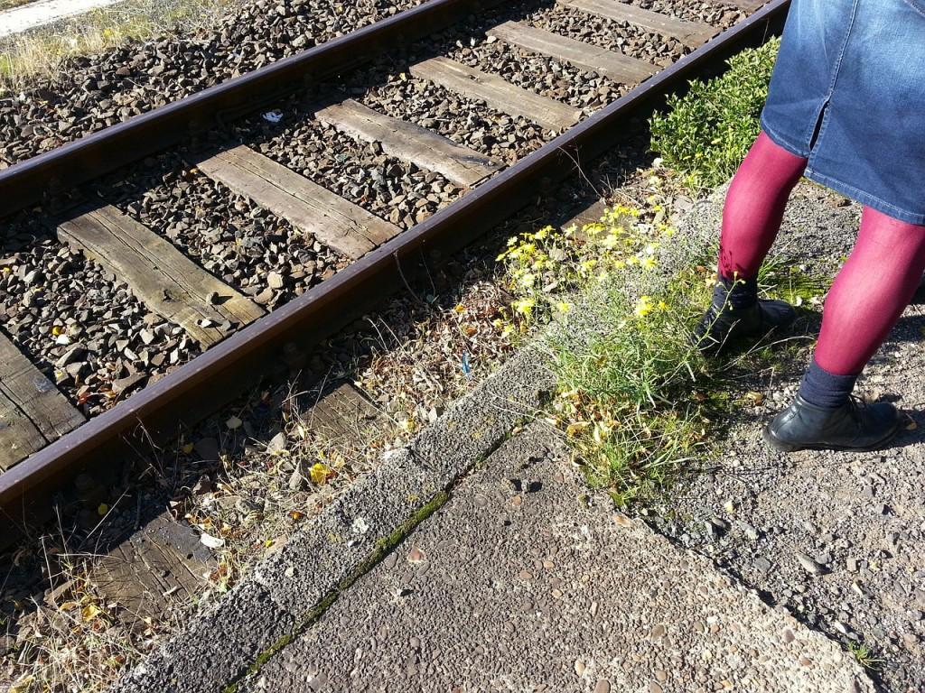 rail-272351_1280