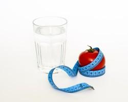 Správný pitný režim pomáhá s hubnutím