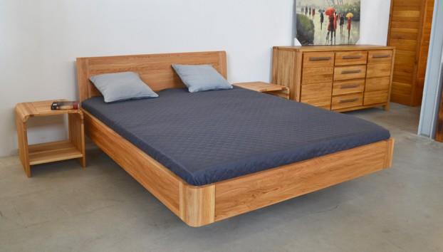 zaoblena-manzelska-postel