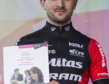 Olympionik Jan Škarnitzl se bude učit angličtinu po telefonu