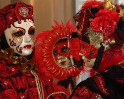 V novém roce si nenechte ujít benátský karneval a Paříž v jarním rozbřesku!