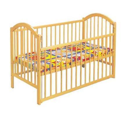 Dětská dřevěná postýlka