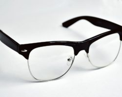 Zbavte se brýlí jednou provždy!