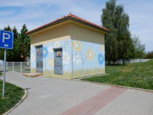 Děti v Humpolci si navrhly novou fasádu pro trafostanici