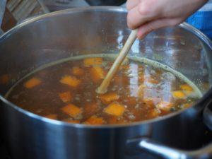 Silná a jednoduchá polévka pro zahřátí