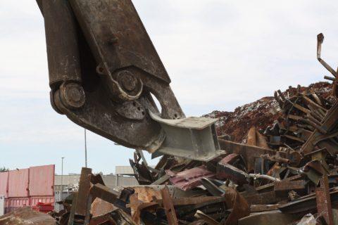 Recyklace kovového odpadu šetří životní prostředí více, než si myslíte