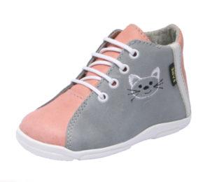 Sháníte pro děti kvalitní obuv? Obraťte se na českého výrobce FARE