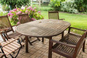 Jak si ozdobit letní posezení bytovým textilem