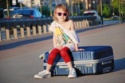 Kufry pro nejmenší cestovatele – Jak vybrat ten správný?