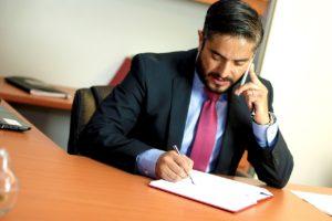 Šetření na právních službách se v některých případech dokáže prodražit