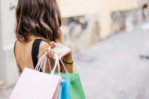 Potisk reklamních tašek umí grafická studia i specializované firmy